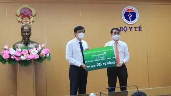 Bộ Y tế tiếp nhận 10.000 bộ kit xét nghiệm Covid-19, hỗ trợ phòng, chống dịch