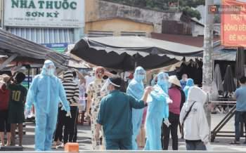 NÓNG: TP Hồ Chí Minh tìm người đến 18 địa điểm ở Tân Phú do liên quan Covid-19